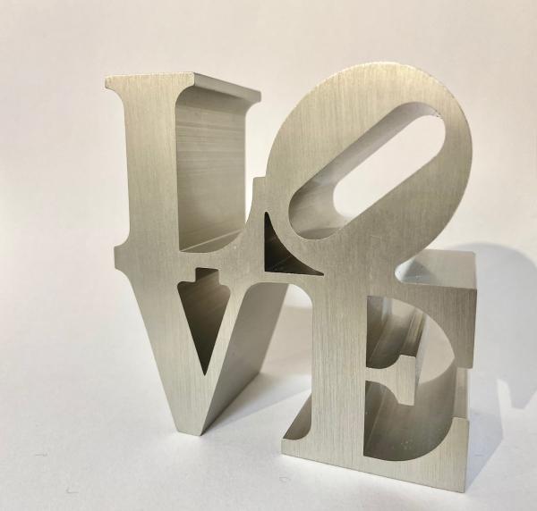 Robert Indiana - LOVE - IMA- silver